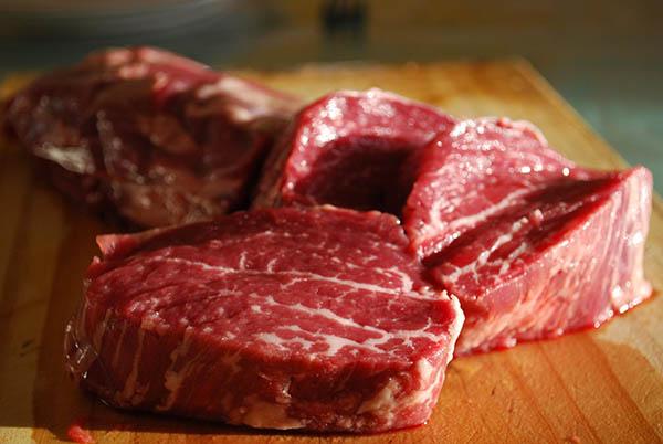 Come Riconoscere la Carne Buona Quando Andate dal Macellaio