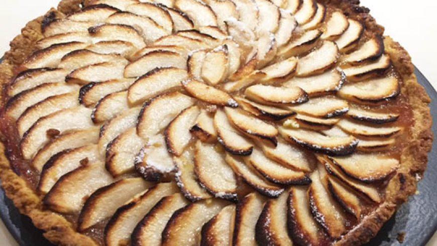 Torta di Mele con Marmellata di Mele Cotogne